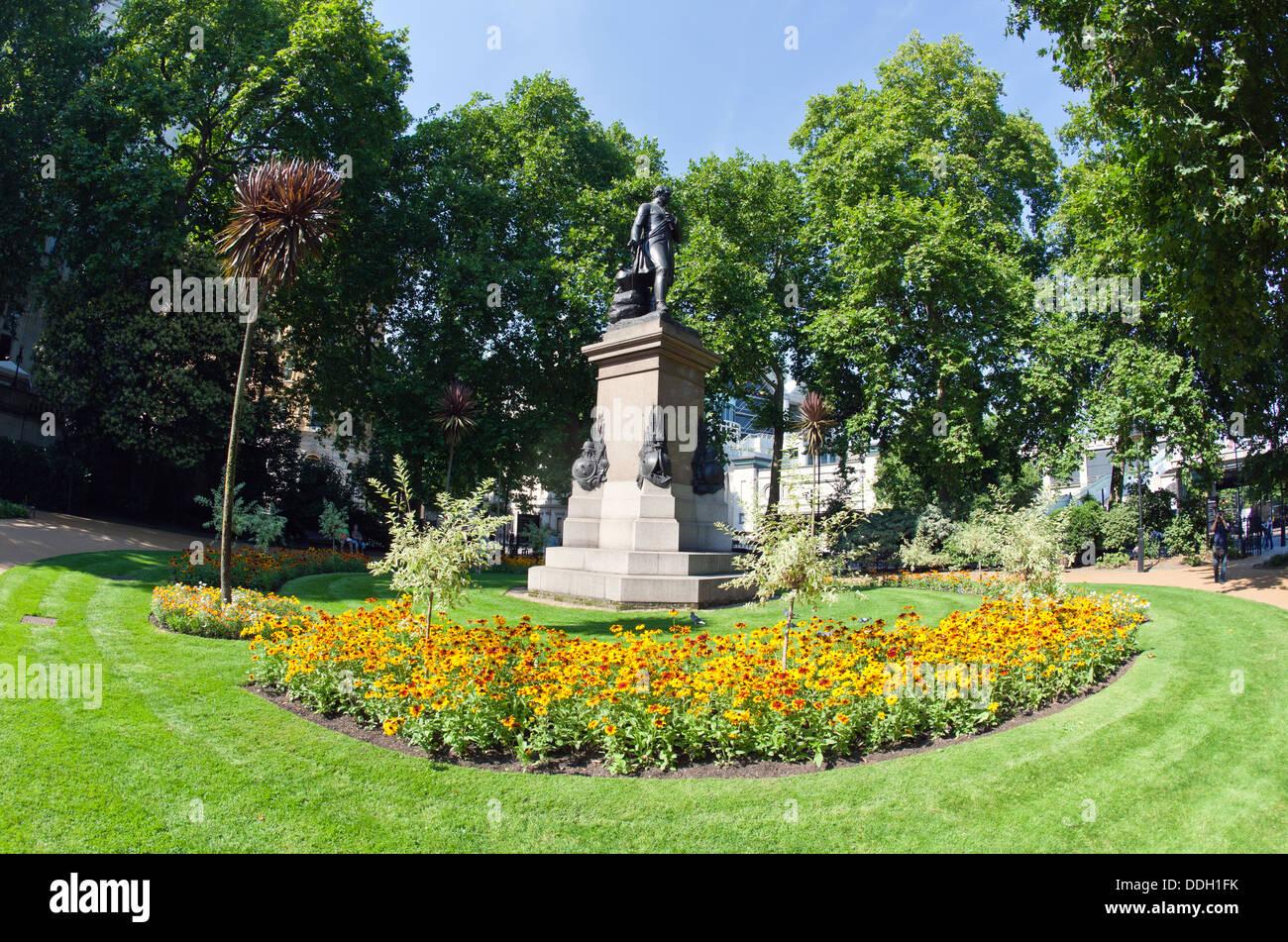 Victoria Embankment Gardens London Uk Stock Photo 59996039 Alamy