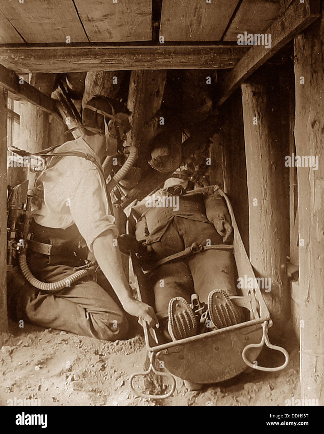 Coal Mining rescue training early 1900s - Stock Image