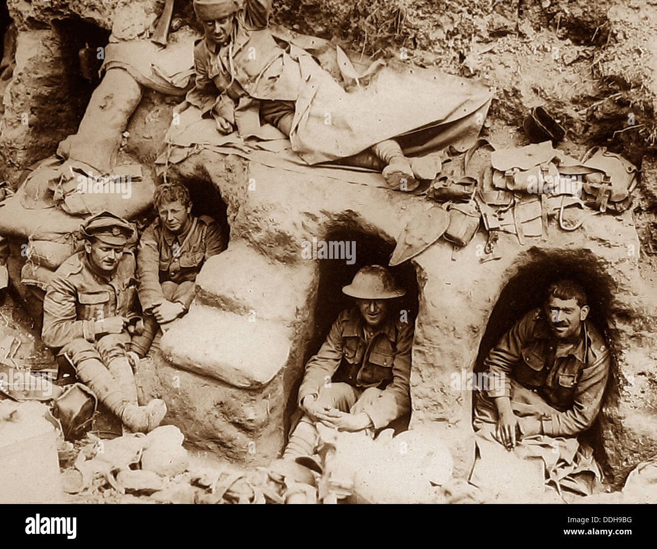 British troops in captured German dug-outs during WW1 - Stock Image