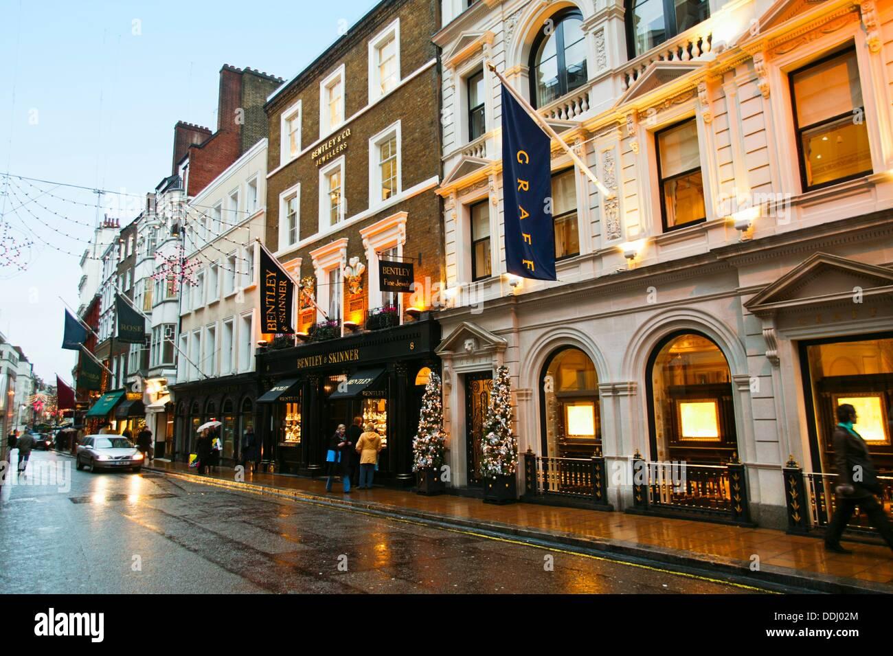 Bentley and Skinner jewelry. 144-146 New Bond Street Picadilly London England United Kingdom UK Europe. - Stock Image