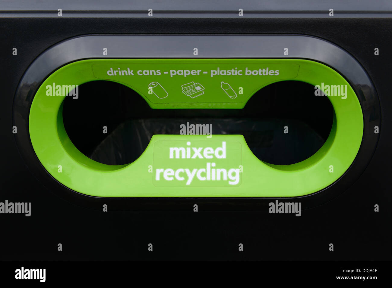 Renew Mixed Recycling Bin, Central London. Close Up. - Stock Image
