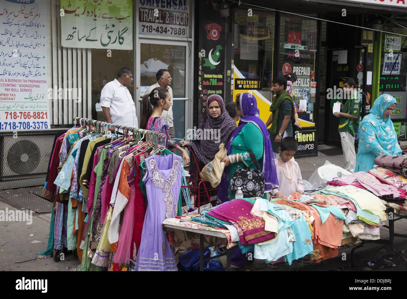 Pakistani immigrant neighborhood during Pakistan Independence celebrations in Brooklyn, NY. - Stock Image