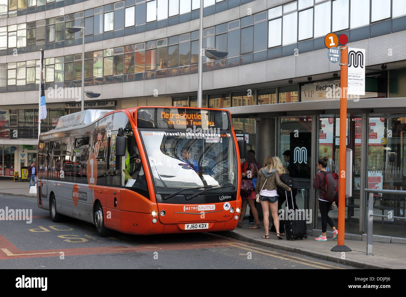 Metrolink free bus in Manchester outside Piccadilly Station Stock Photo