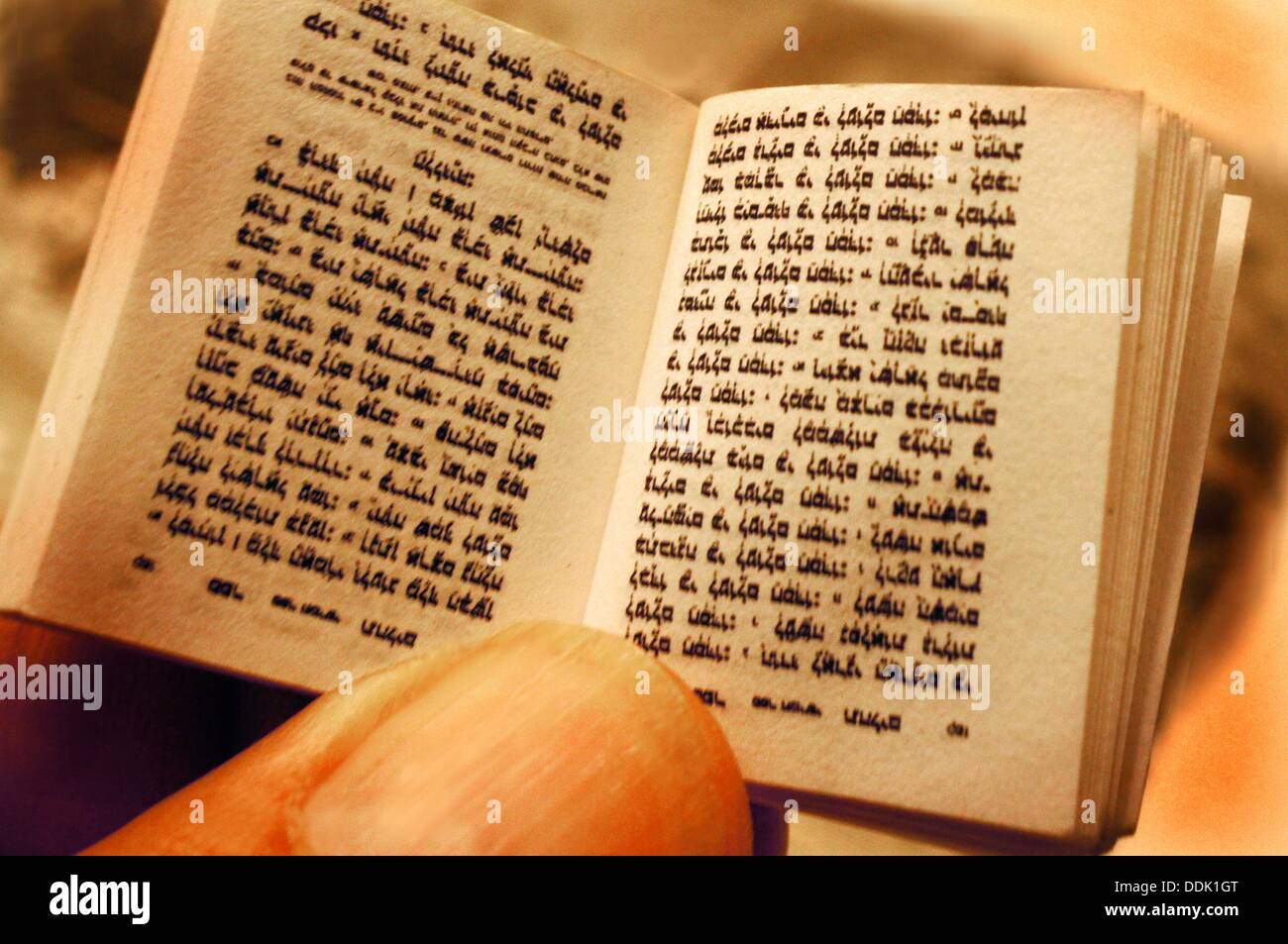 Mini Talmud for travel use - Stock Image