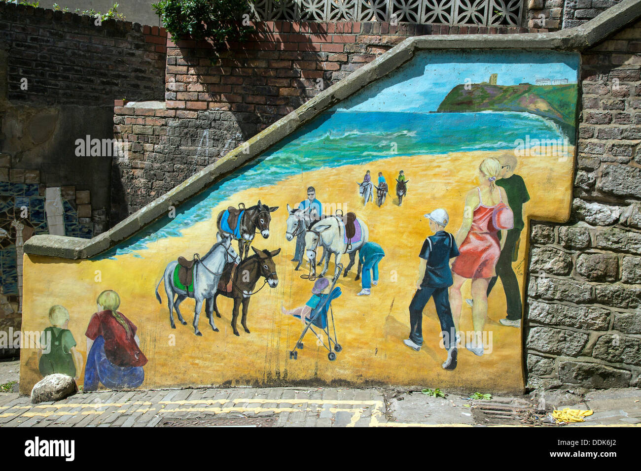 Wall Murals Stock Photos & Wall Murals Stock Images - Alamy