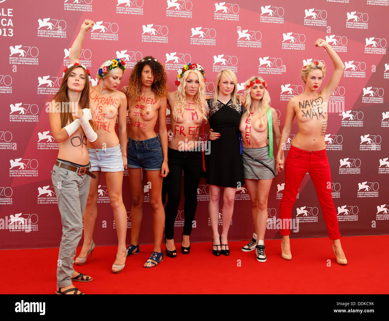 KITTY GREEN & FEMEN ACTIVISTS UKRAINE IS NOT A BROTHEL 70TH VENICE FILM FESTIVAL LIDO VENICE  ITALY 04 September 2013 - Stock Image