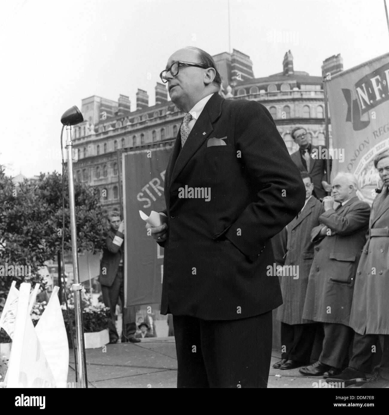 Bob Willis, Member General Council TUC, at London Labour Party Demo against Rent Act, 20 Oct 1957. Artist: Henry Grant - Stock Image