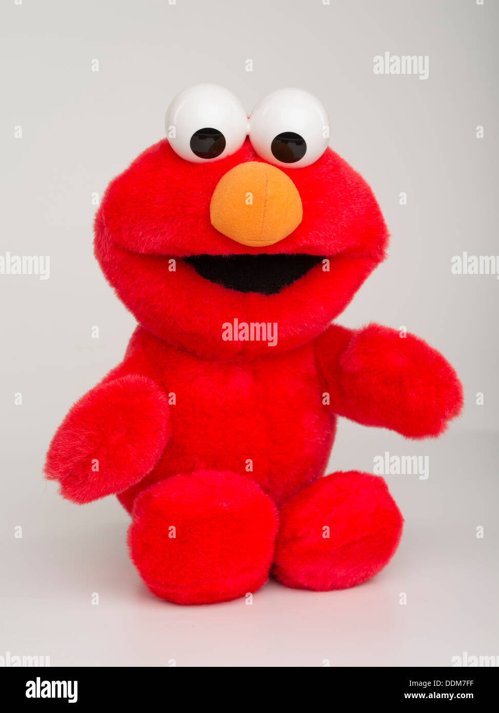 Tickle Me Elmo 1996 by Tyco Toys  Character Muppet from