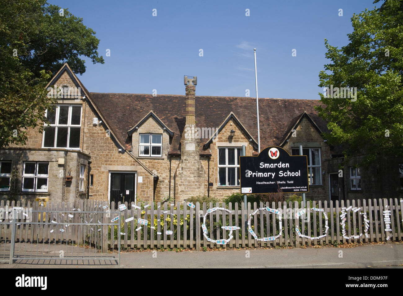 Smarden Primary School building Ashford Kent South East England UK in the heart of the community educating young schoolchildren - Stock Image