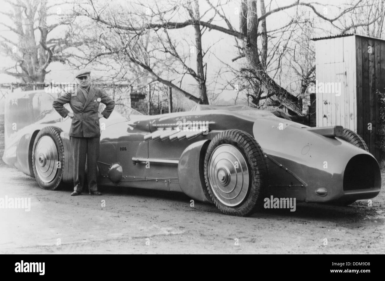 Malcolm Campbell with the 1933 Bluebird, 1933  Artist
