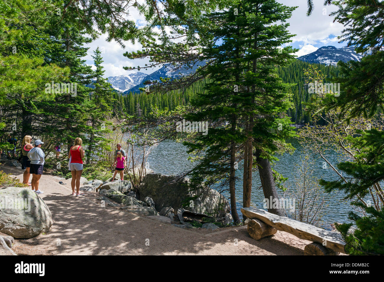 Family on the Bear Lake Trail in summer, Rocky Mountain National Park, Colorado, USA - Stock Image