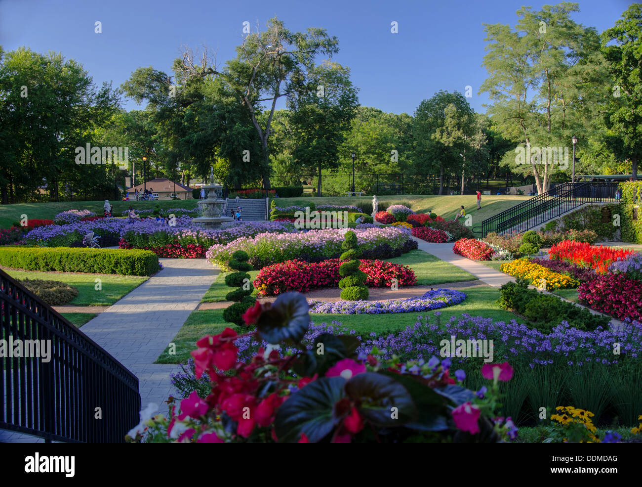 The Sunken Gardens in Phillips Park in Aurora, Illinois along the Lincoln Highway - Stock Image