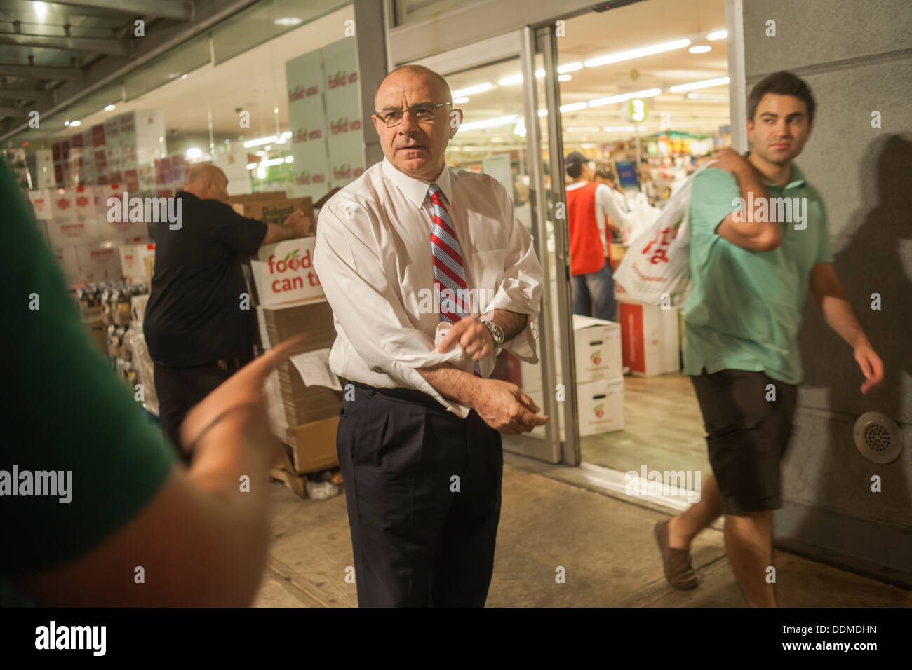 New York Mayoral candidate Sal Albanese campaigns - Stock Image
