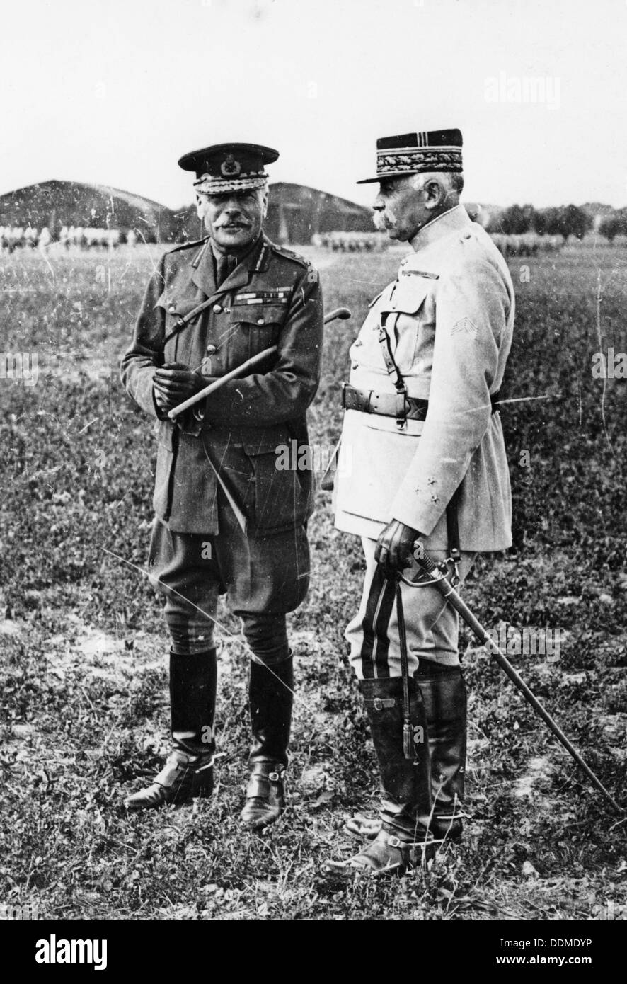 Field Marshal Sir Douglas Haig and General Francois Anthoine, WWI, c1914-c1918. - Stock Image