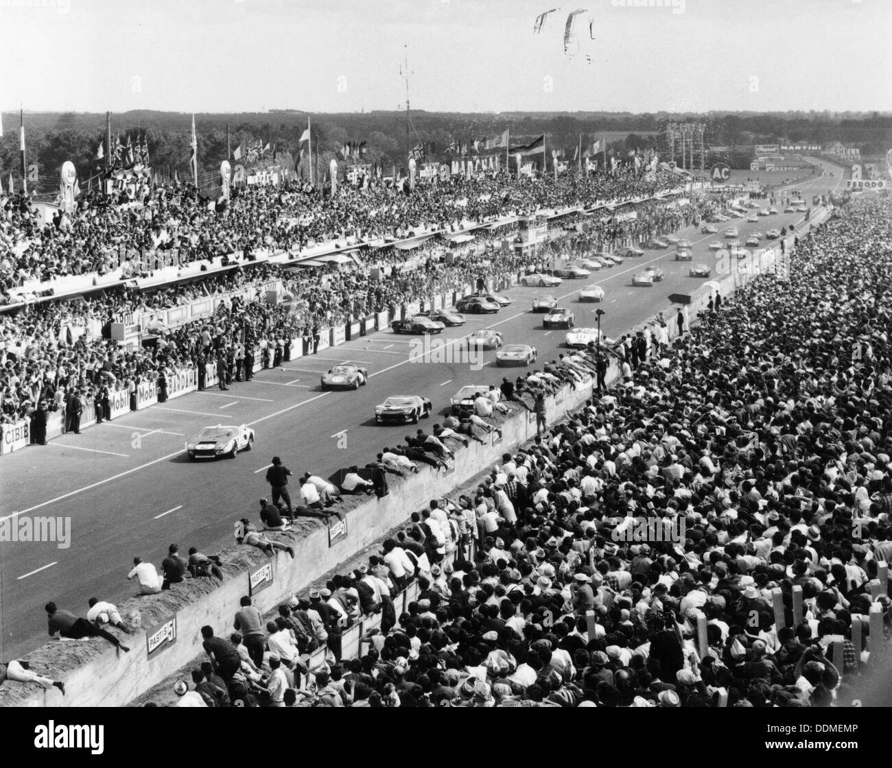 Start of the Le Mans 24 Hour race, France, 1965. - Stock Image