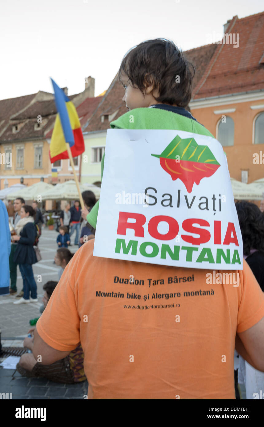 Brasov, Romania. 4th September 2013. Peoples protesting against the Romanian government support for a plan to open Europe's biggest open-cast gold mine in the small Carpathian town of Rosia Montana (Brasov 04 September 2013) Credit:  Ionut David/Alamy Live News - Stock Image