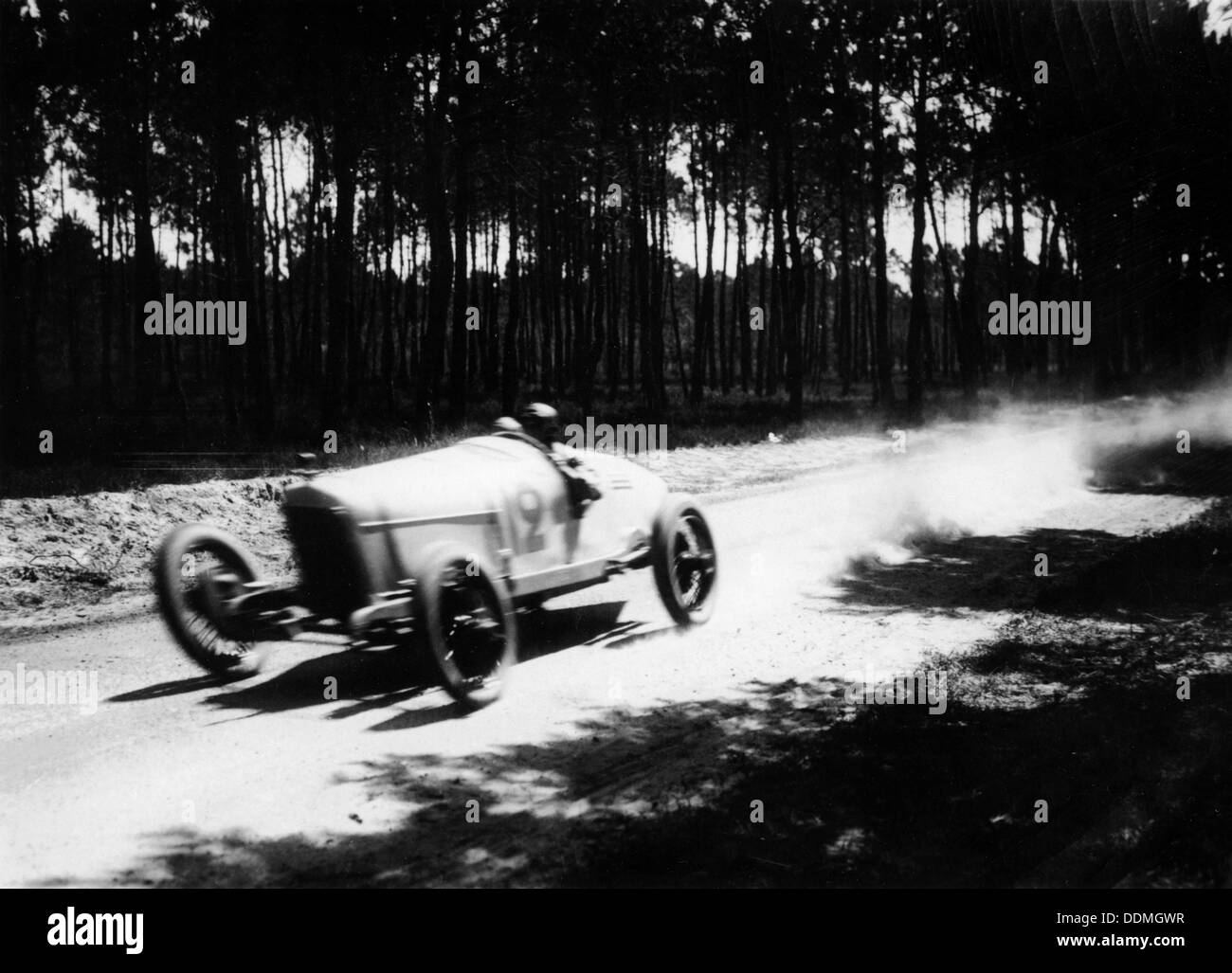 Jimmy Murphy driving a Duesenberg to victory in the French Grand Prix, Le Mans, 1921. - Stock Image
