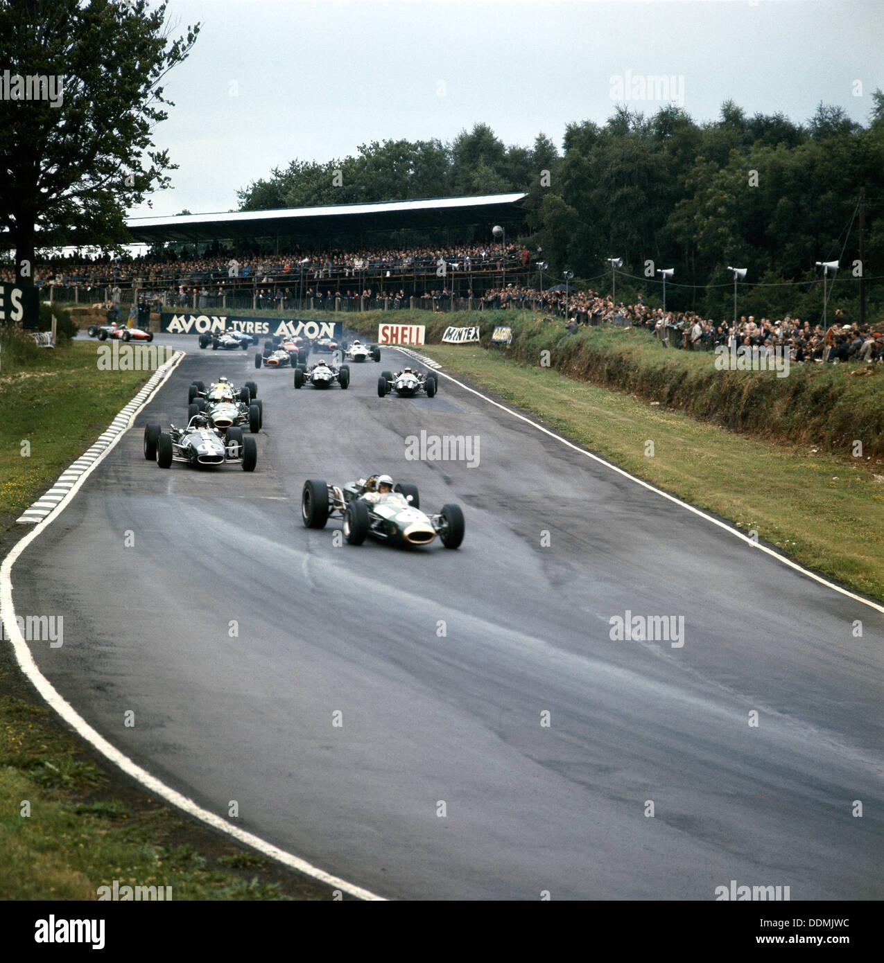 Jack Brabham leading the race, British Grand Prix, Brands Hatch