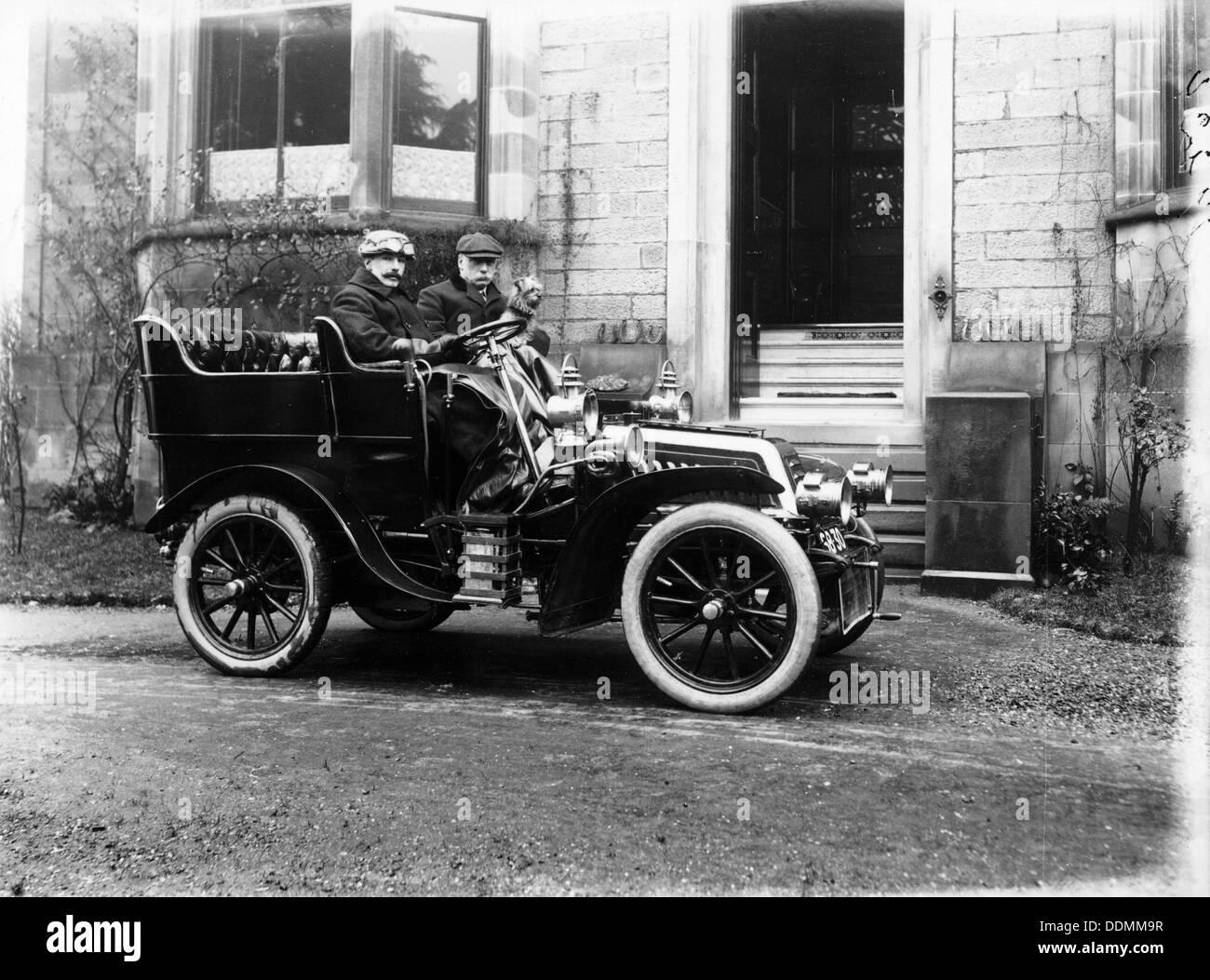 Two men in a De Dion Bouton car, c1904. - Stock Image