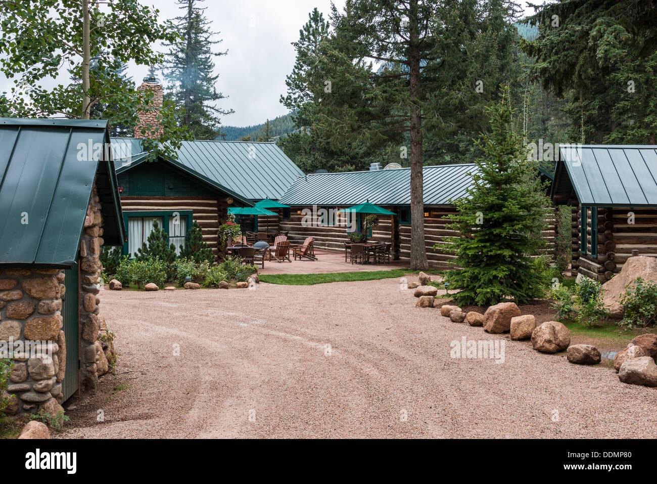 Log Cabins Rocky Mountains Stock Photos & Log Cabins Rocky