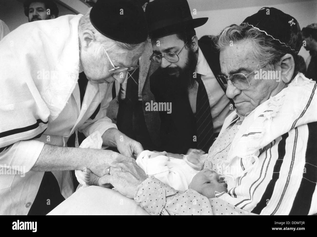 Jewish circumcision ritual, 21 July 2000. - Stock Image