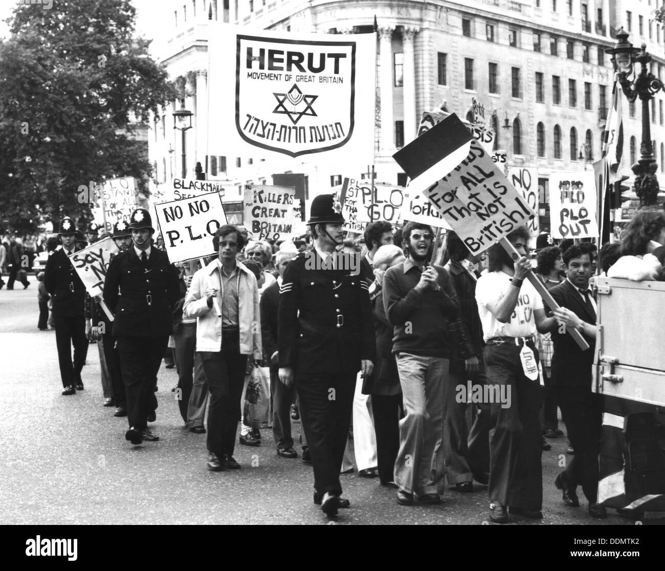 Herut anti-PLO march, Trafalgar Square, London, 24 August 1975. - Stock Image
