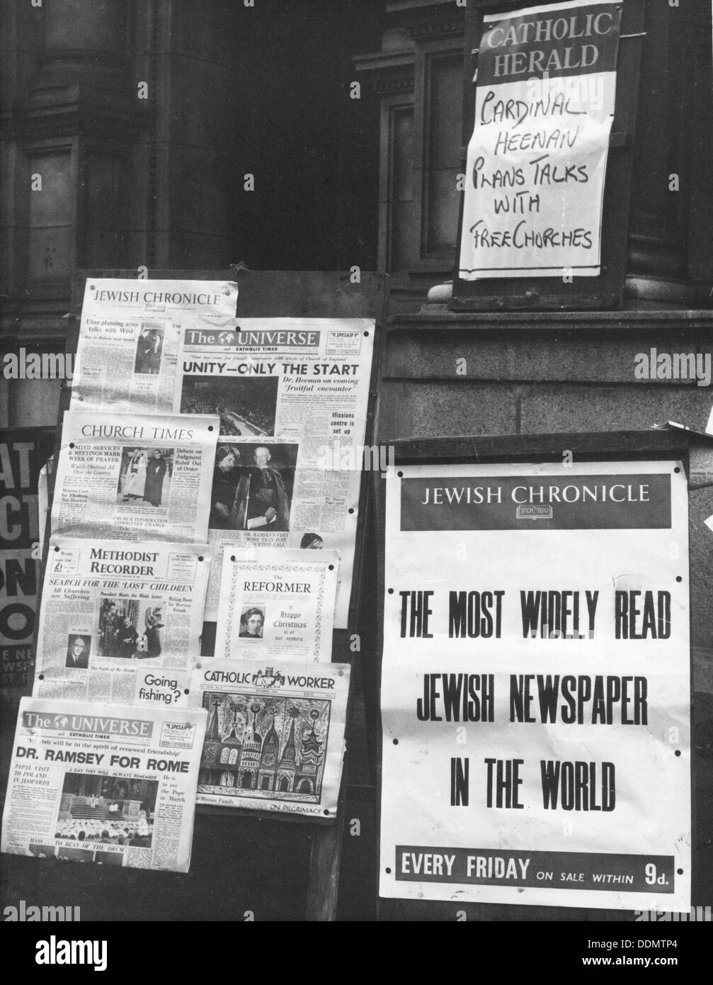 The Jewish Chronicle on sale outside Westminster Cathedral, London, 1966. Artist: EH Emanuel - Stock Image