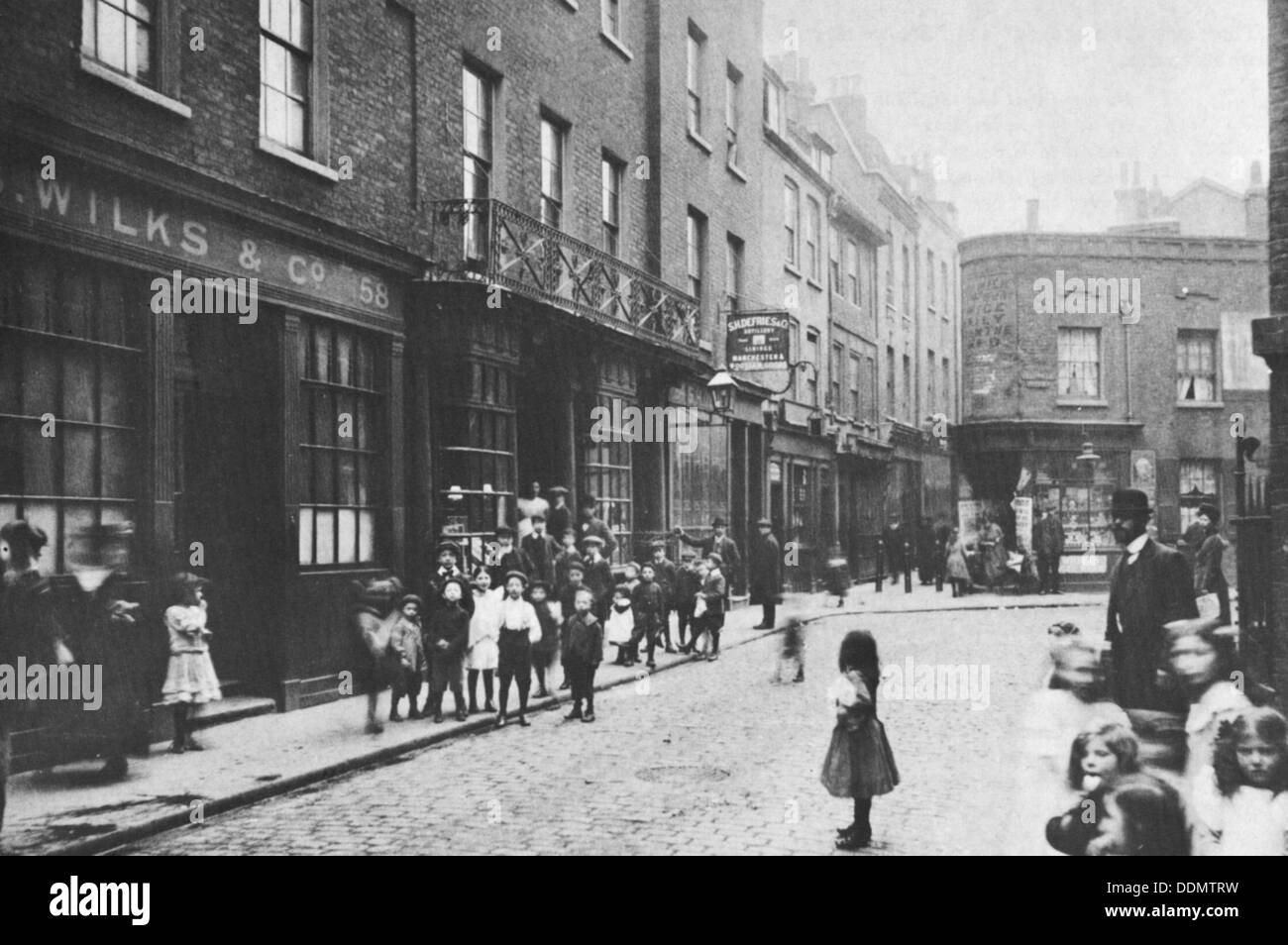 Georgian shops in Artillery Lane, East End, London, 1912. - Stock Image