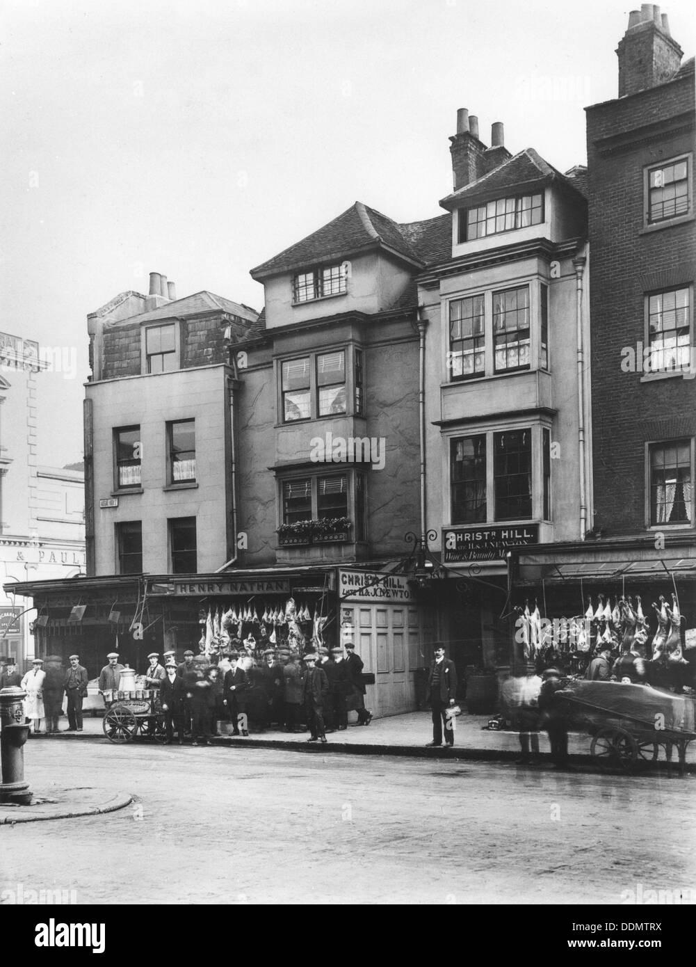 Jewish butcher's, Aldgate High Street, London, c1905. - Stock Image