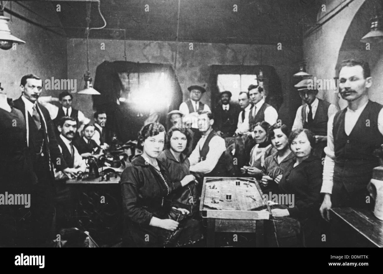 Sweatshop, East End of London, c1920s. - Stock Image