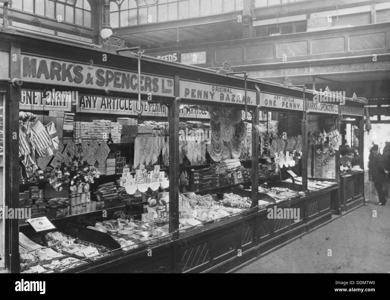 Marks & Spencer's stall in the covered market, Cardiff, 1901. - Stock Image