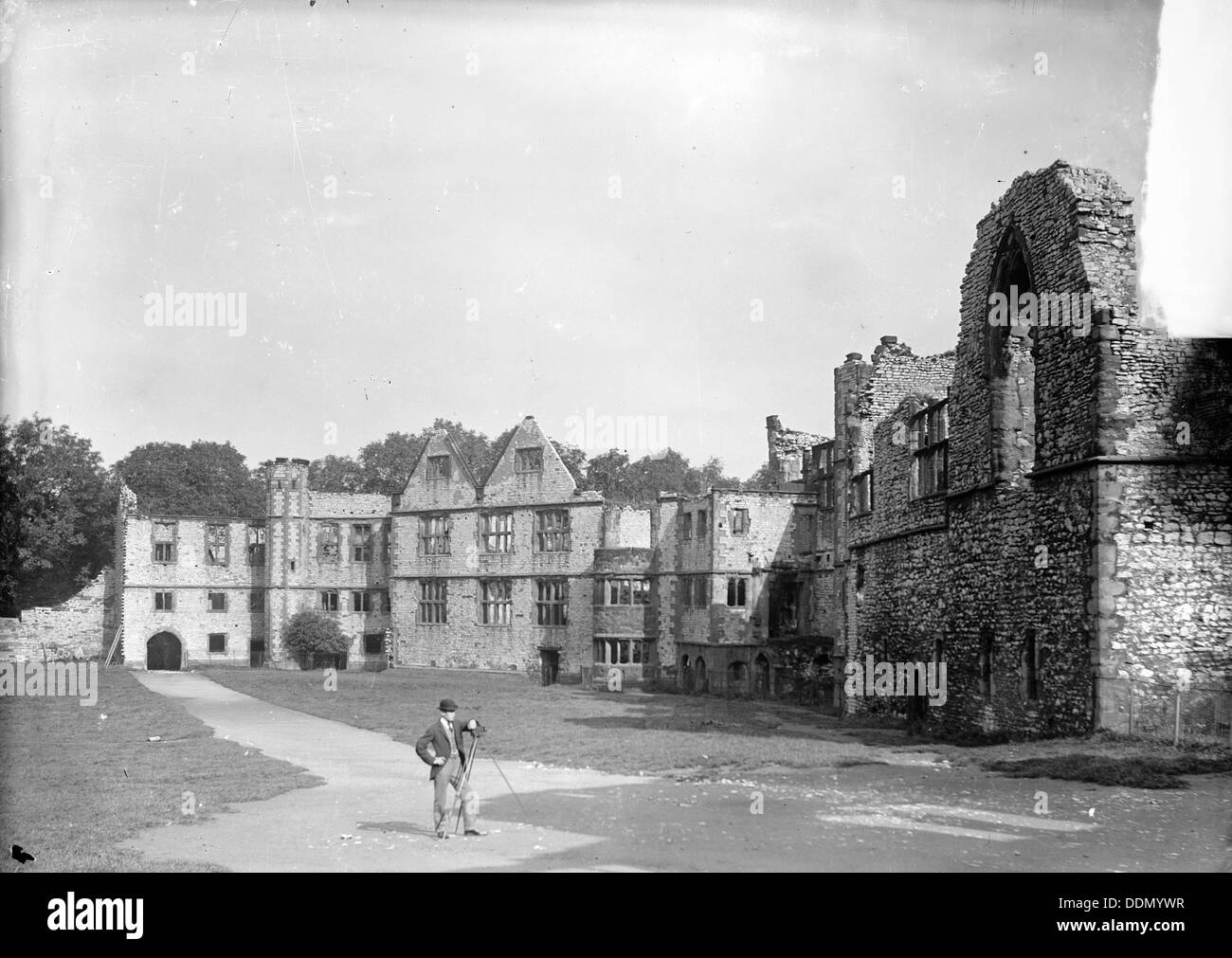 Photographer in front of the ruins of Dudley Castle, Dudley, West Midlands, c1860-c1922. Artist: Henry Taunt - Stock Image
