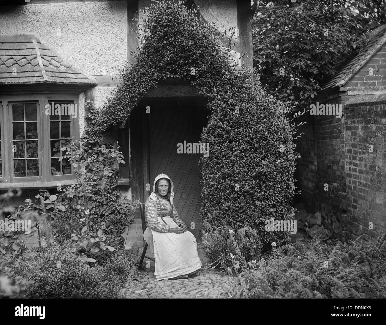 Woman at West Ilsley, Berkshire, 1900. Artist: Henry Taunt Stock Photo