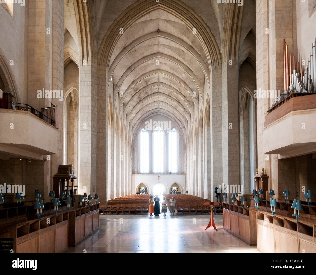Guildford Cathedral, Guildford, United Kingdom. Architect: Sir Edward Maufe, 1961. Main hall from altar. Stock Photo