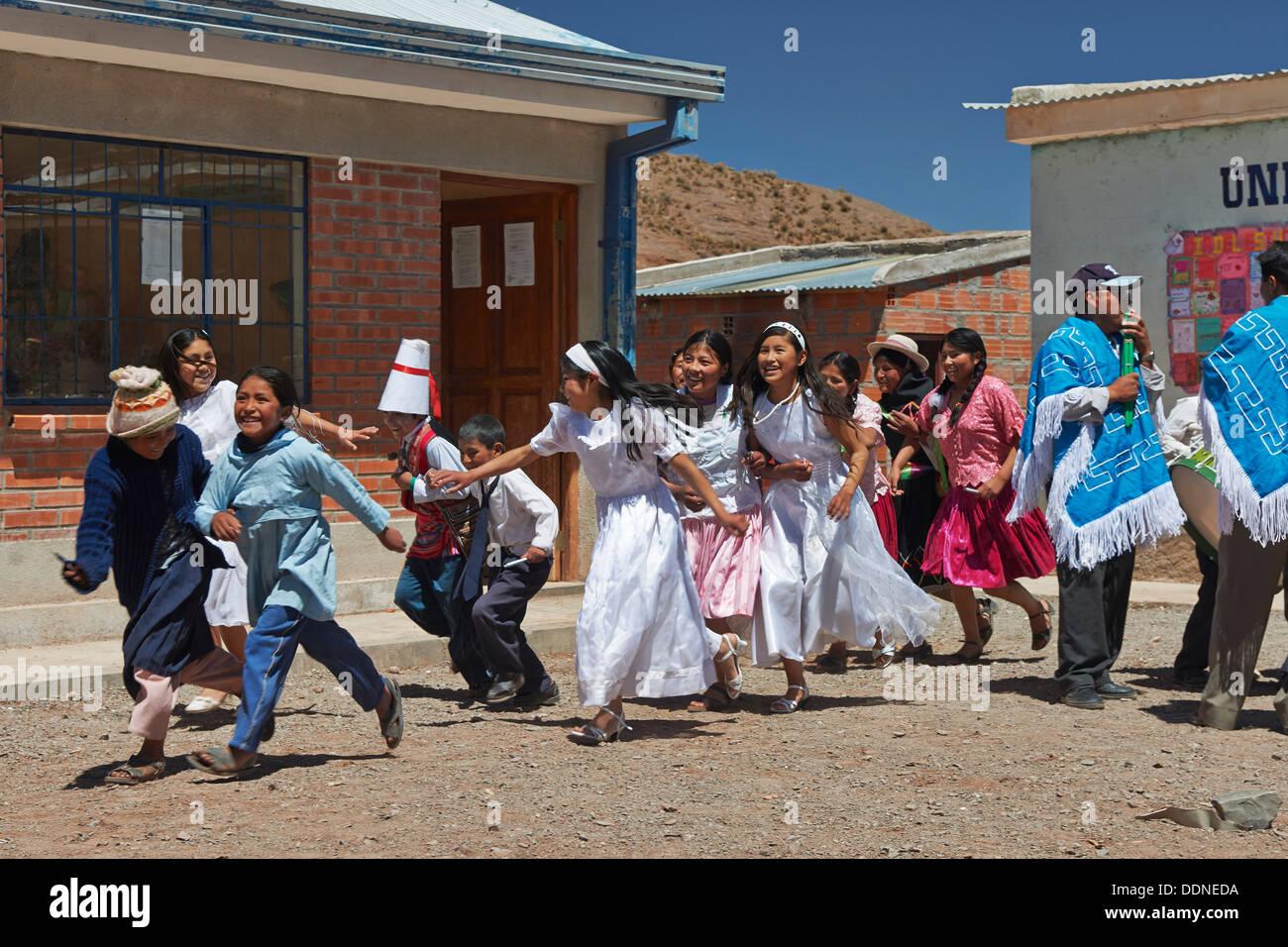 Quechua children in village near San Antonio de Lipez, Andes, Bolivia - Stock Image