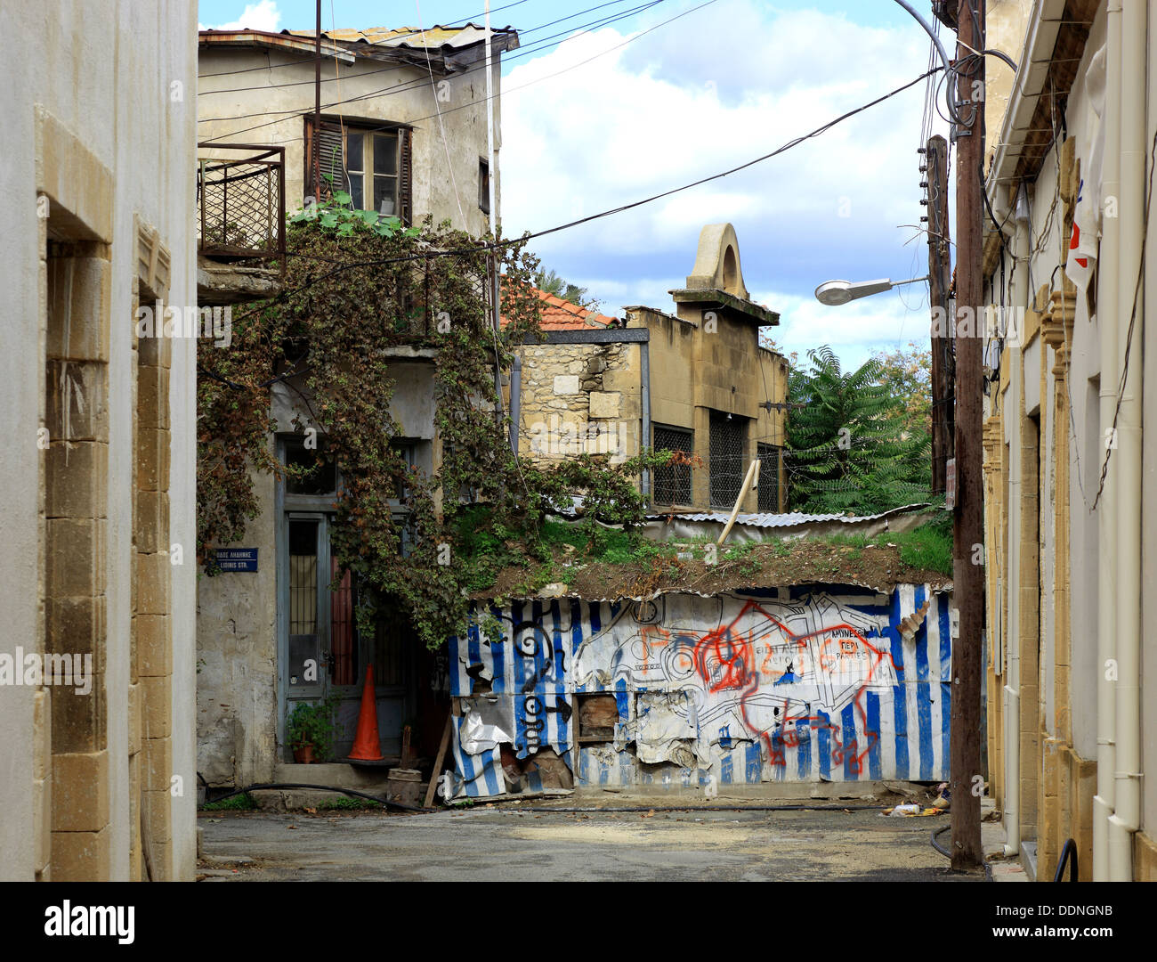 Cyprus, Nicosia, Lefkosia, Old Town, on the Green Line, Green Lane, to the Turkish border area, border, frontier, division - Stock Image