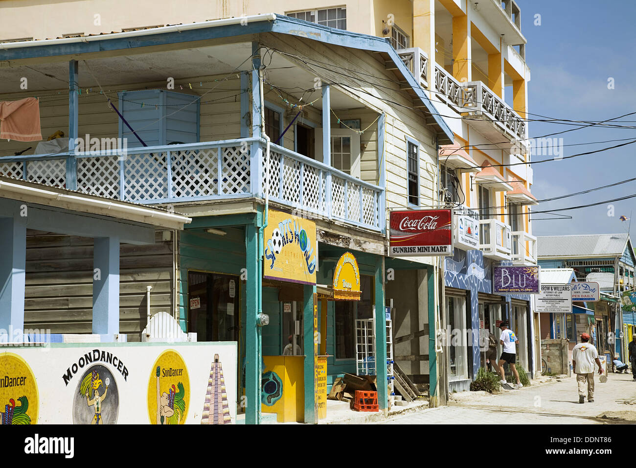 Belize San Pedro On Ambergris Caye Restaurants And Stores Along