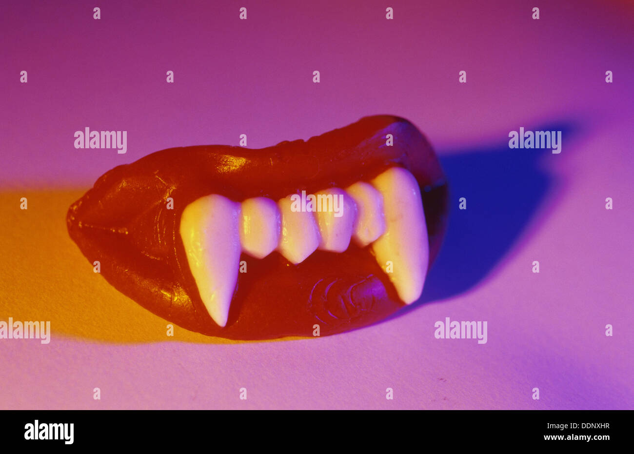 Vampire Teeth Stock Photos & Vampire Teeth Stock Images - Alamy