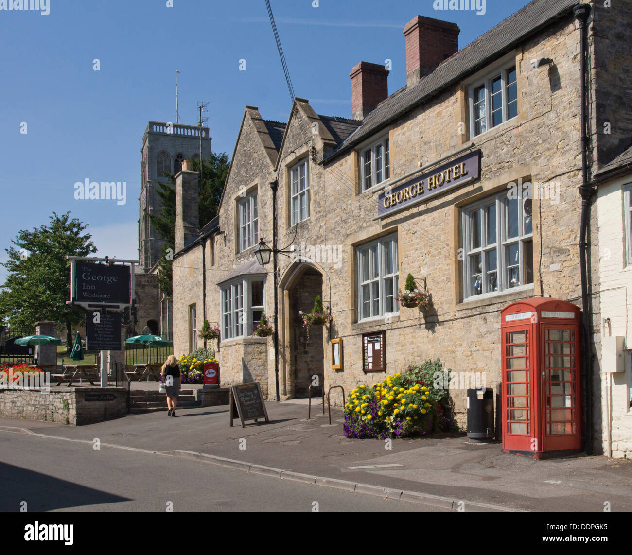 Wedmore a small town in Somerset England UK  The George Inn Pub - Stock Image