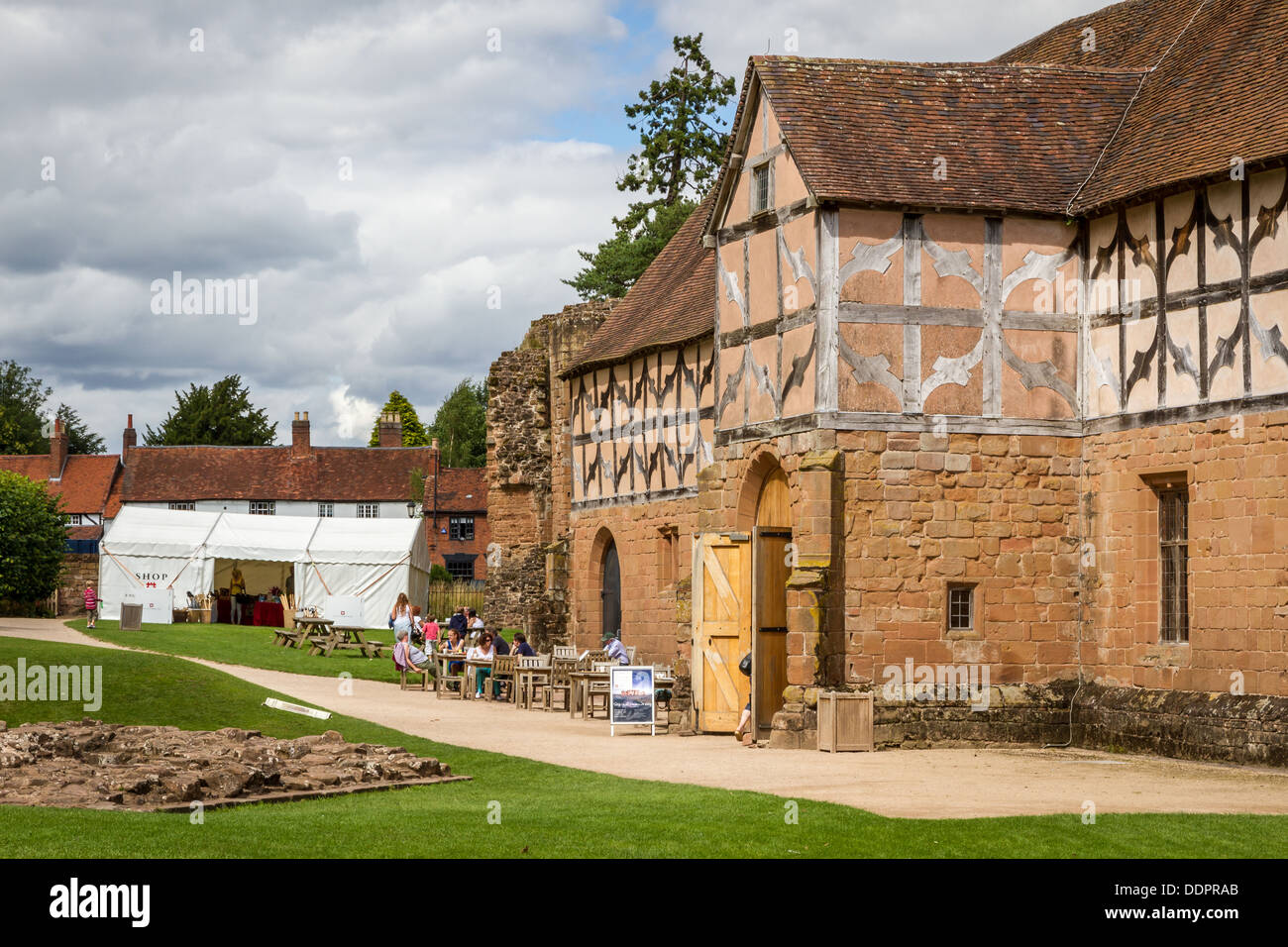 The stables and tearoom at Kenilworth Castle, Warwickshire, England. - Stock Image