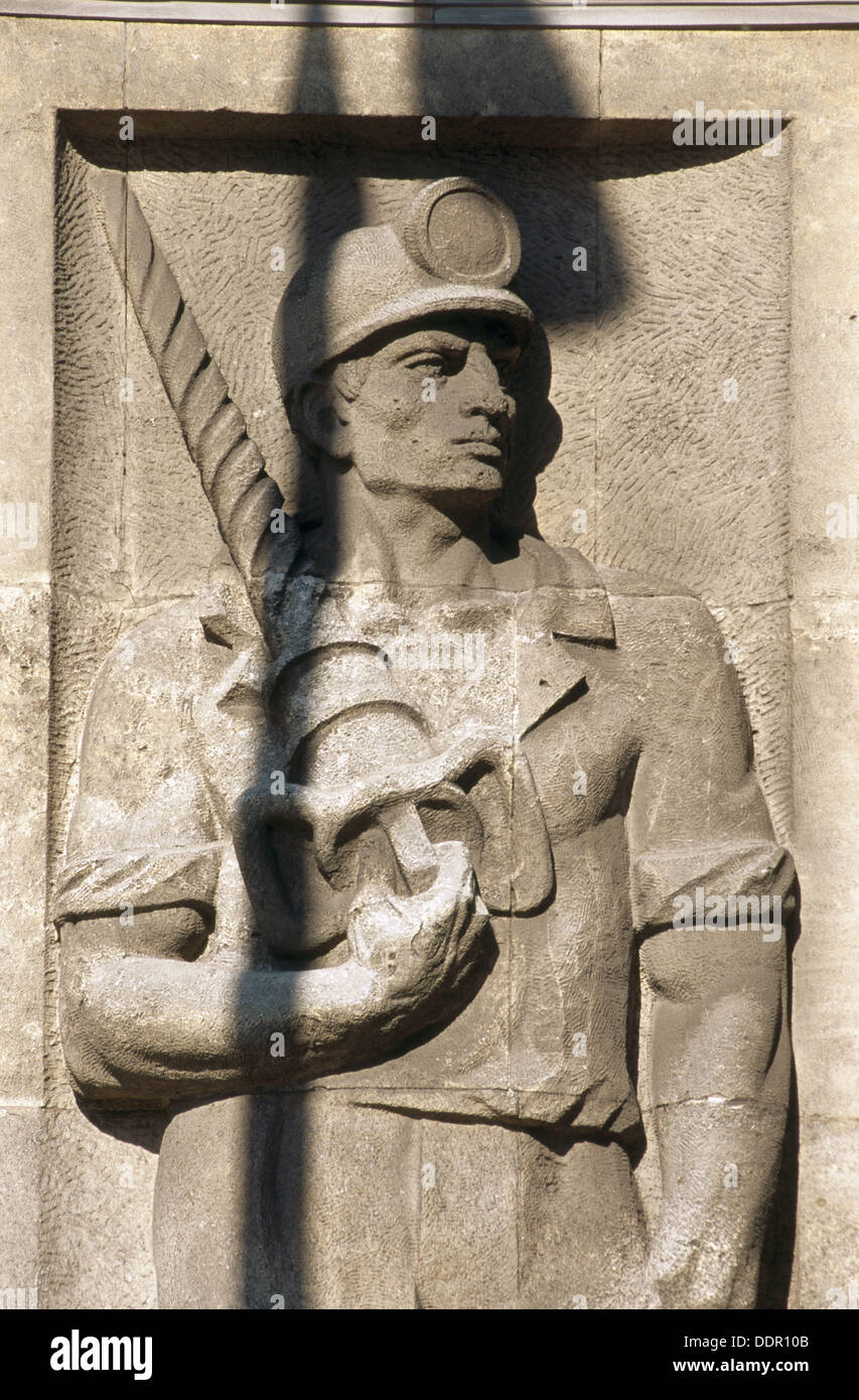 Communist era depictions of heroic workers. Warsaw. Poland. - Stock Image