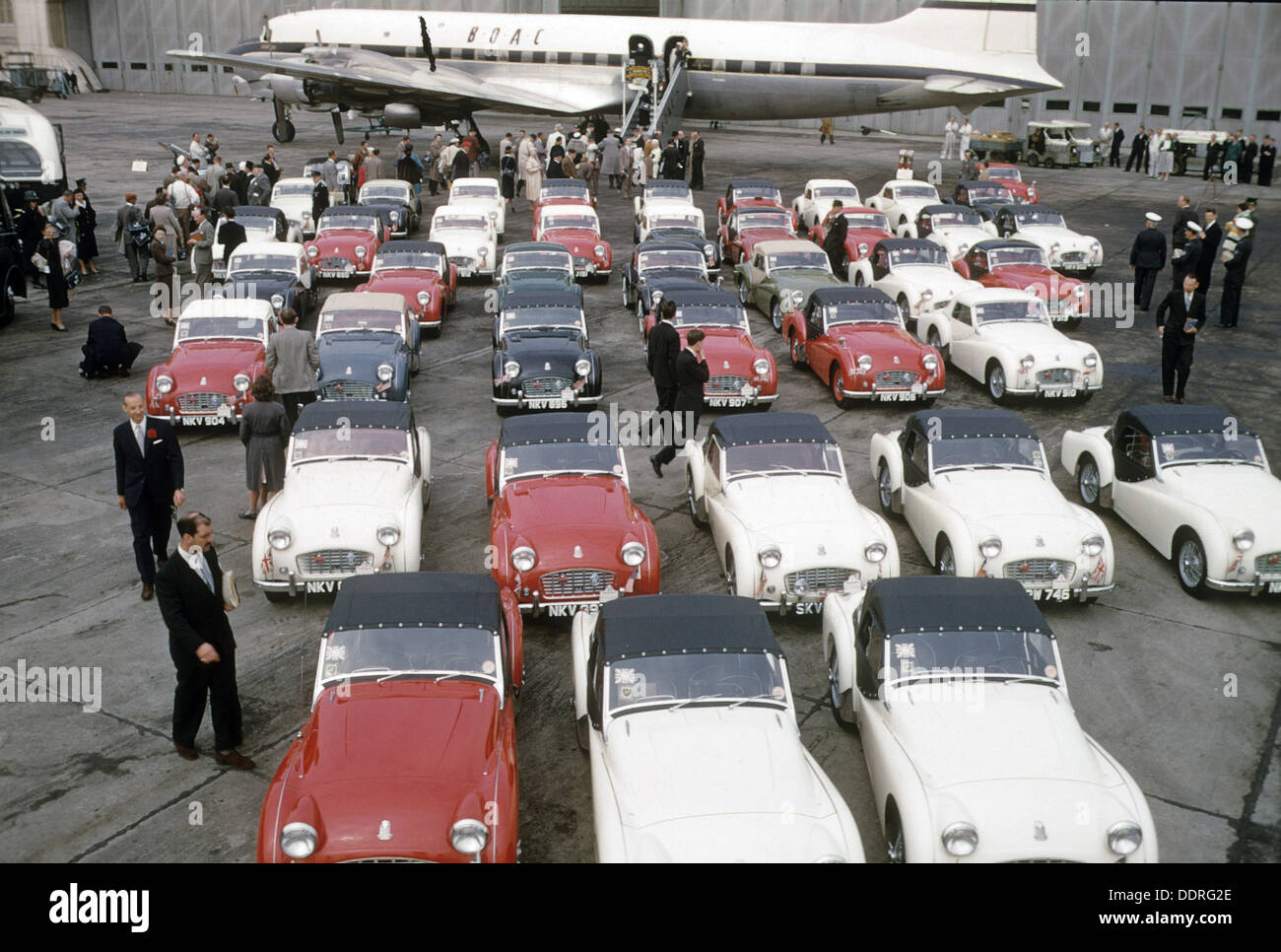 AUSTIN HEALEY SPRITE cars lined up for export to America in 1961 - Stock Image