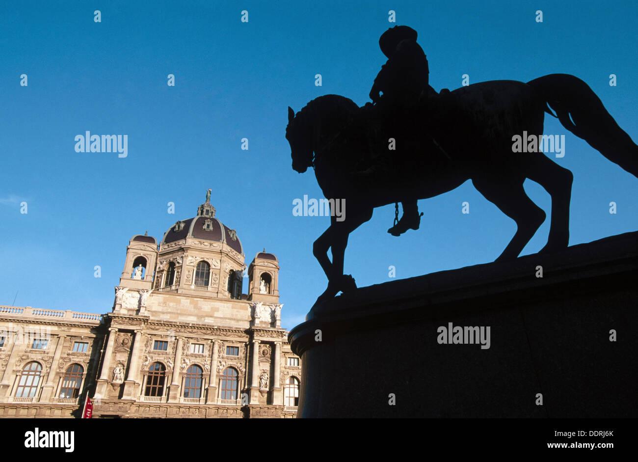 Art History Museum (Kunsthistorisches Museum) in Maria-Theresien-Platz. Vienna, Austria Stock Photo