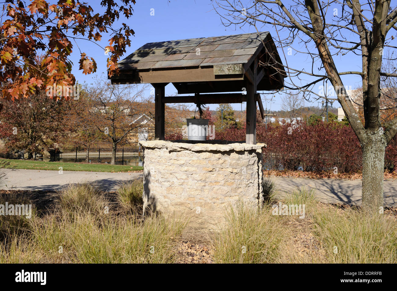 Old Well at Longaberger´s Homestead Central Ohio Zanesville Frazeysburg U S Stock Photo
