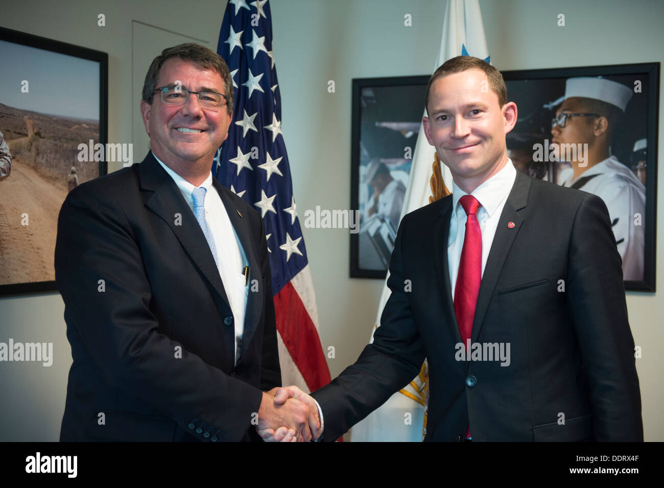 Deputy Secretary of Defense Ash Carter, left, stands for a photo with  Thorshaug, the state secretary of the Norweigan Ministry - Stock Image