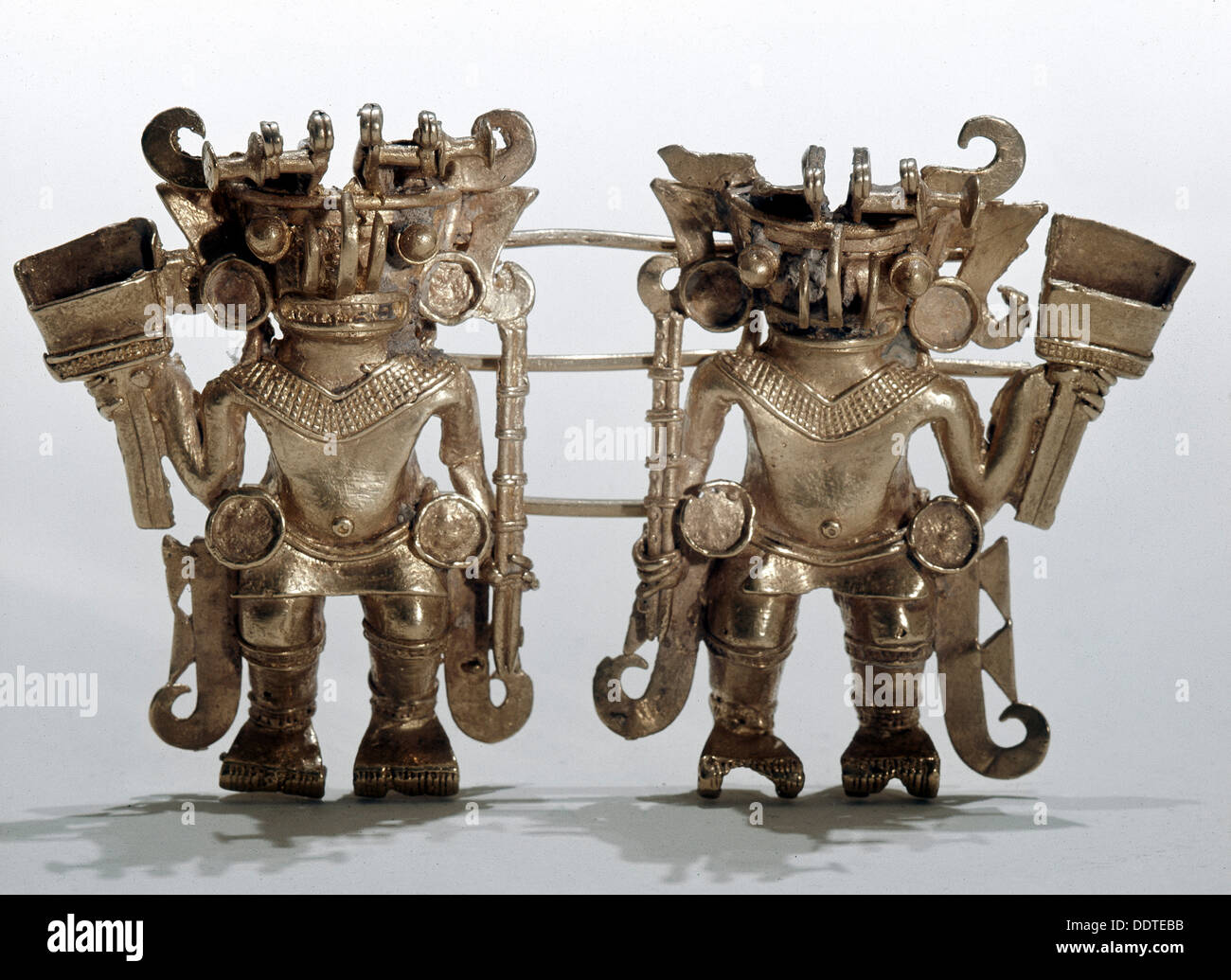 Tairona tumbaga figure-pendant, possibly depicting two noblemen or chiefs, Colombia, 1000-1400. Artist: Werner Forman - Stock Image