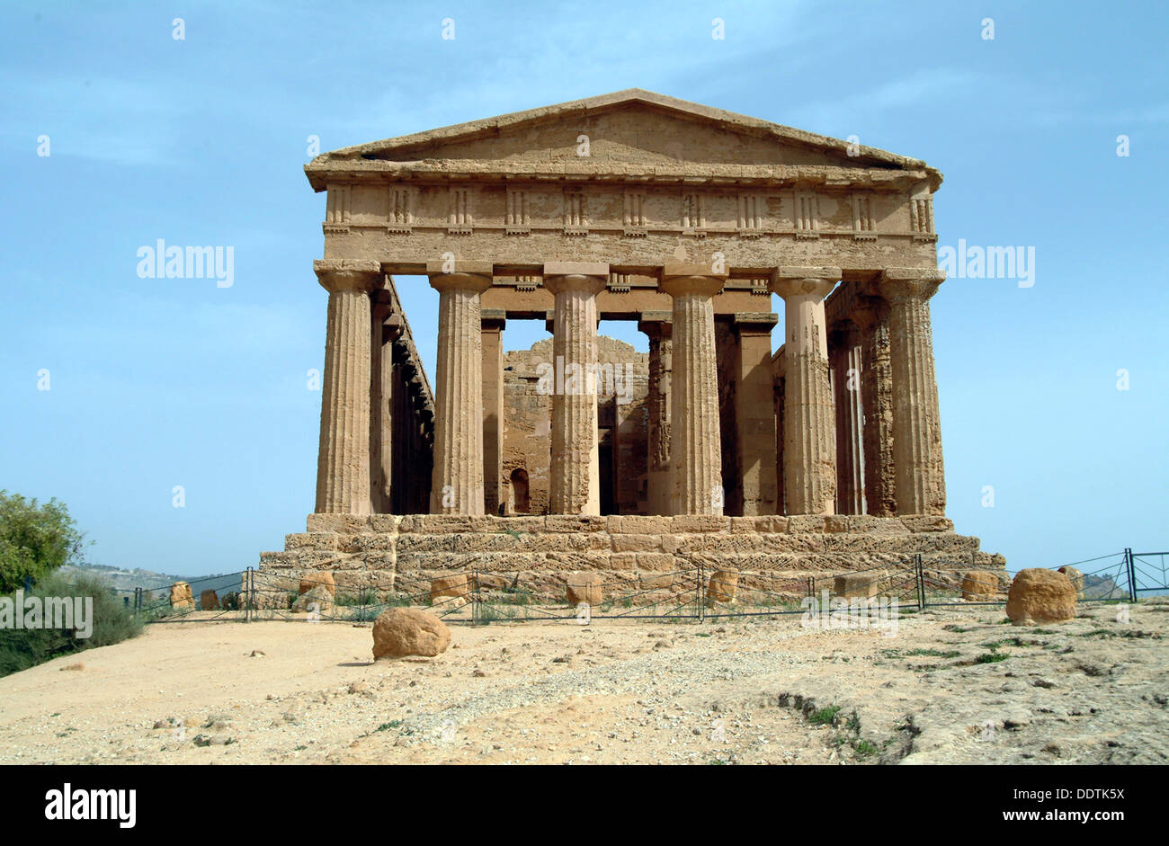 The Temple of Concordia, Agrigento, Sicily, Italy. Artist: Samuel Magal Stock Photo