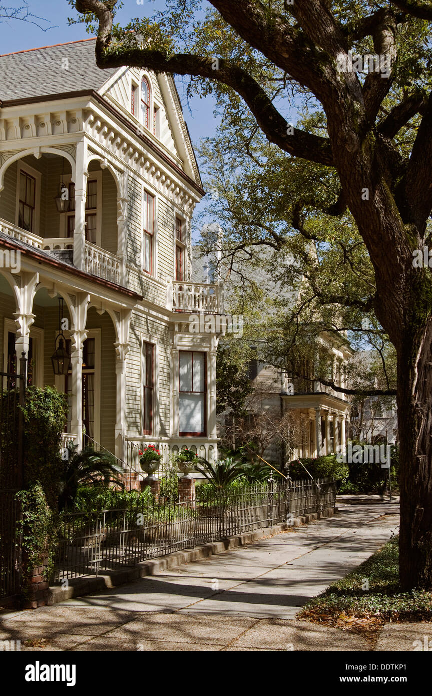 New Orleans Houses Garden District Stock Photos & New Orleans Houses ...