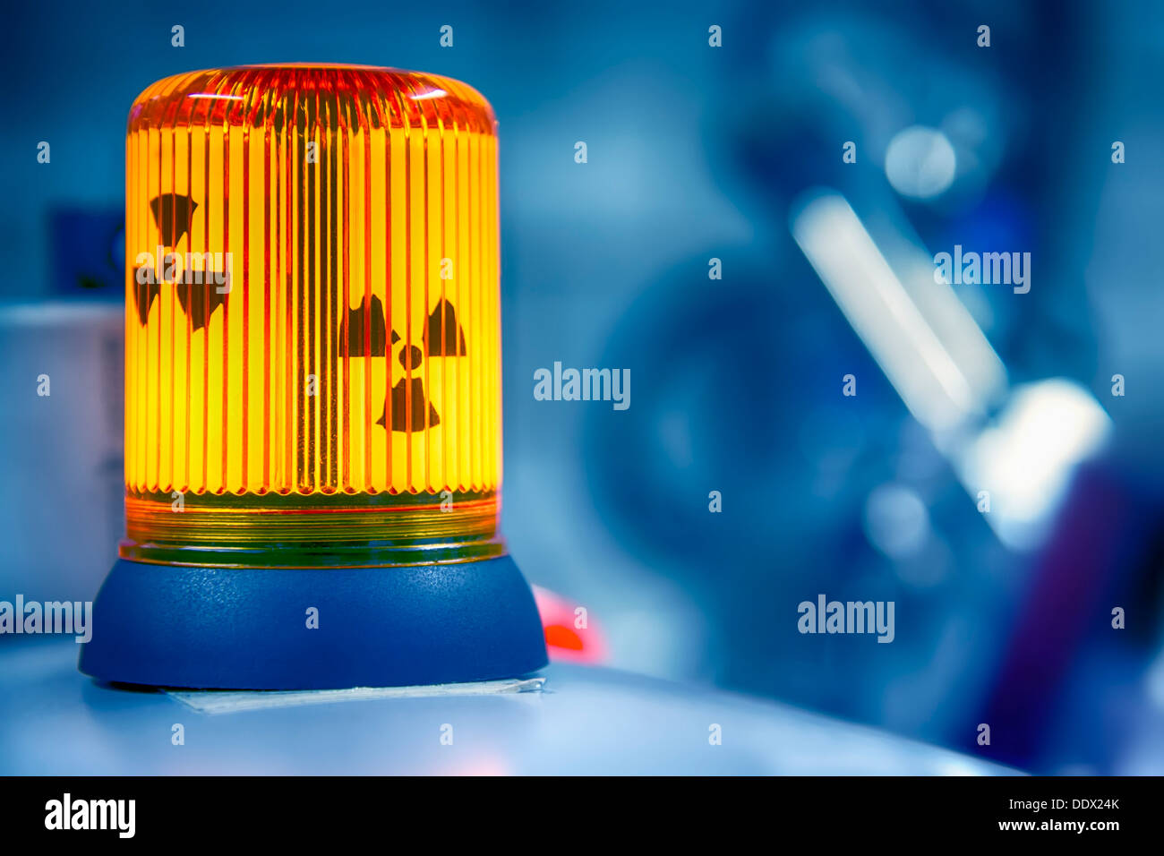 Warning lamp radioactive radiation in a biochemistry lab - Stock Image