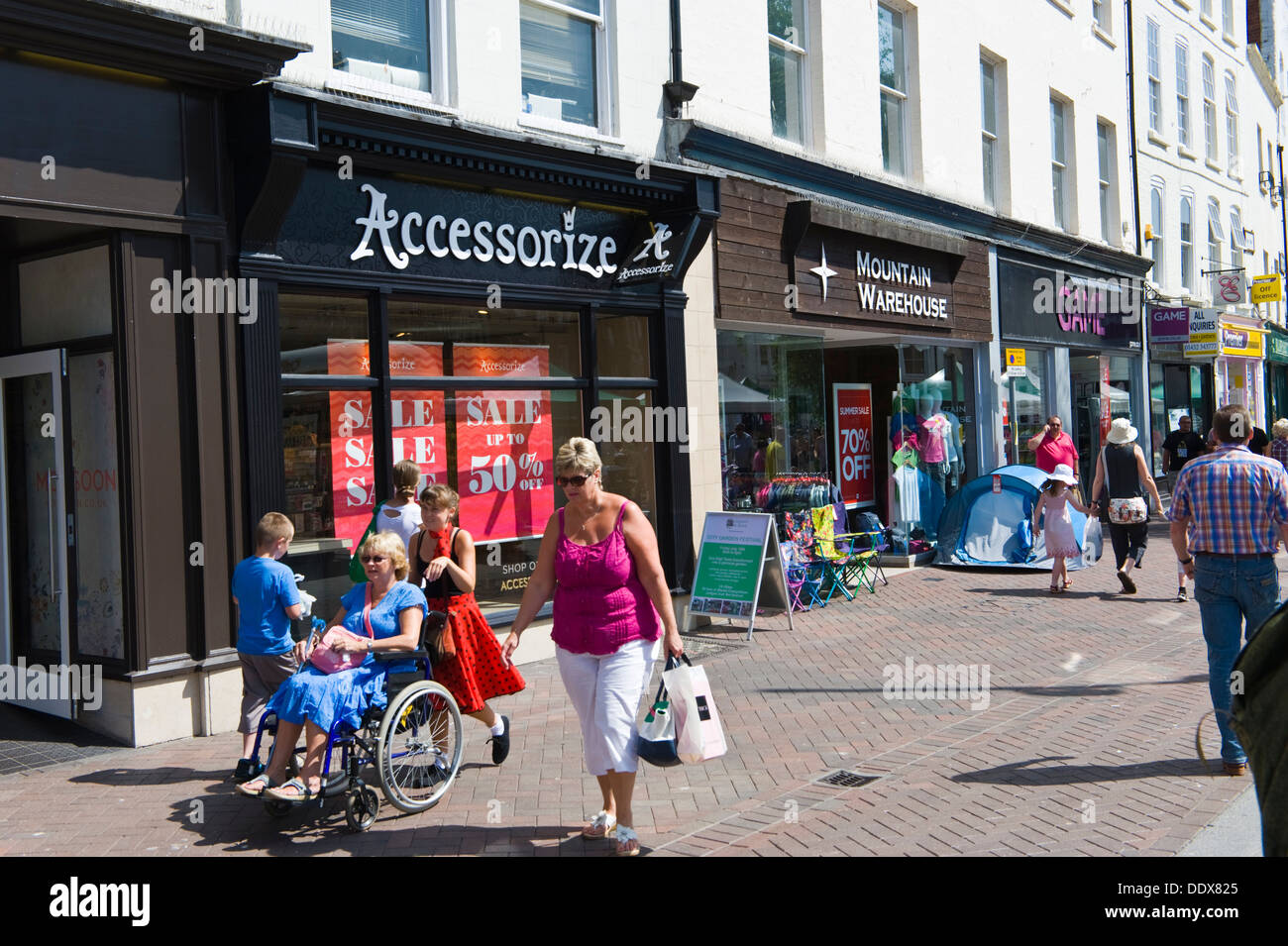 High street busy with shoppers at High Town in Hereford Herefordshire England UK - Stock Image